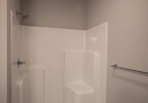 Kelley Farms Model 1 bathroom